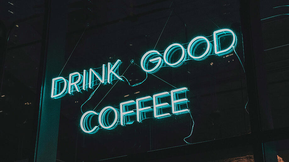 neon-sign-drink-good-coffee
